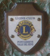 crest_lions_valledelsieves.jpg